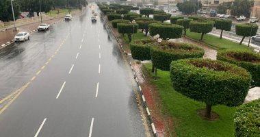 صورة استمرار الأمطار الغزيرة والرعدية مع كرات البَرد بأنحاء الجمهورية حتى الغد